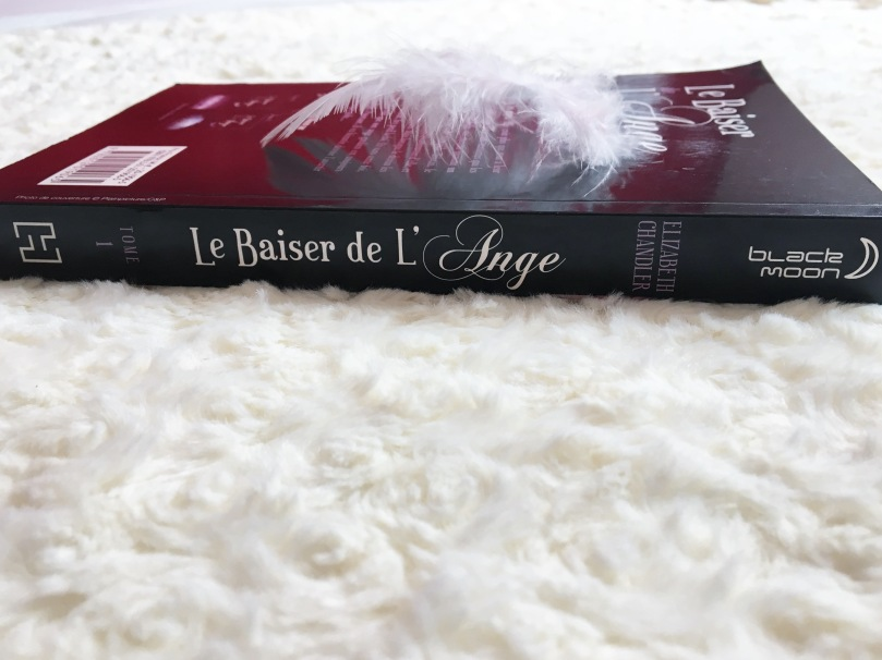 HACHETTE - Le baiser de l'ange, tome 1