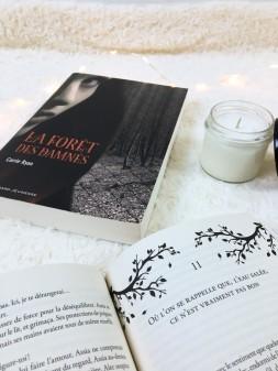 Gallimard Jeunesse - La forêt des damnés de Carrie Ryan